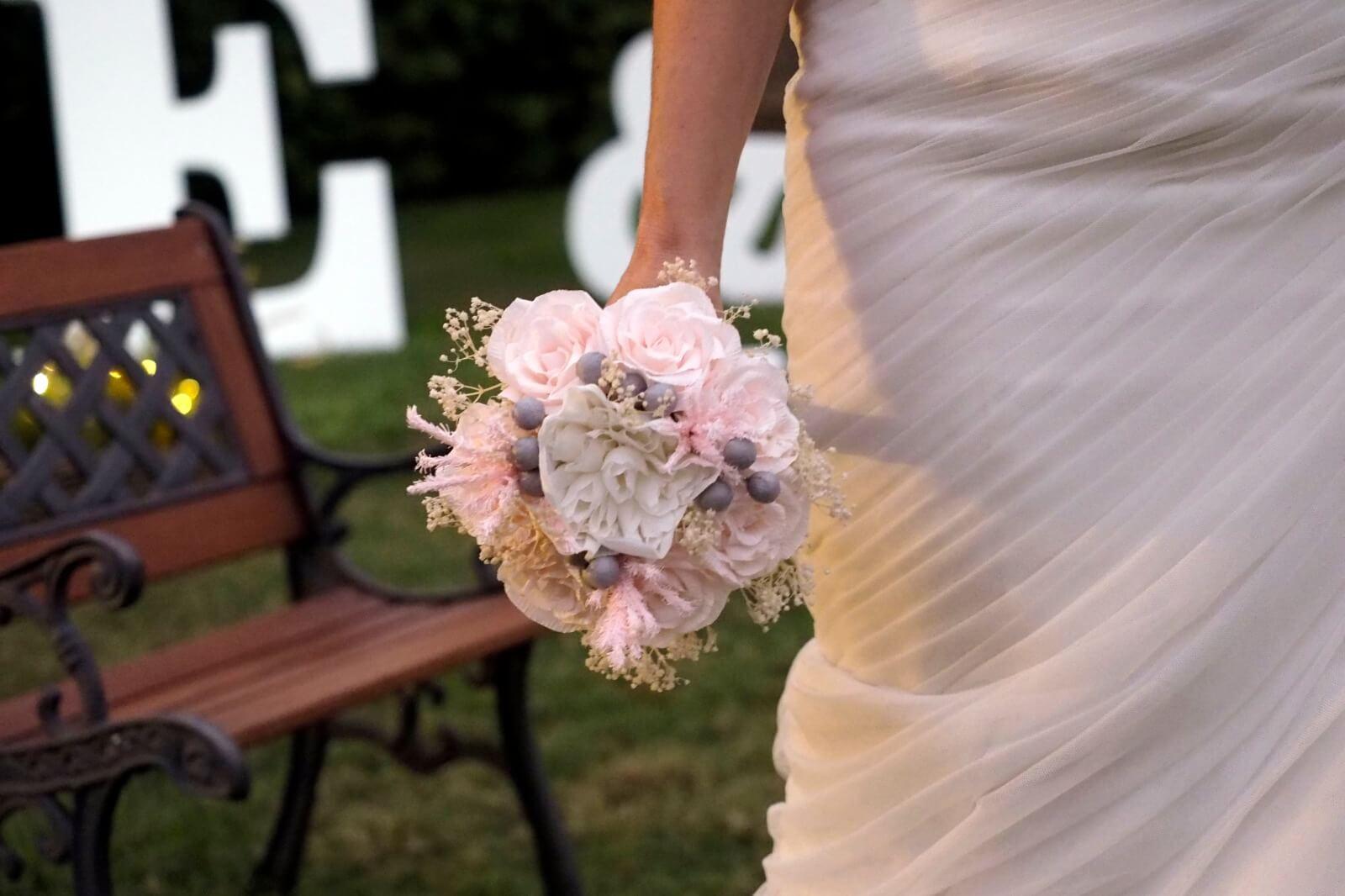 Ramo novia papel blanco y rosa